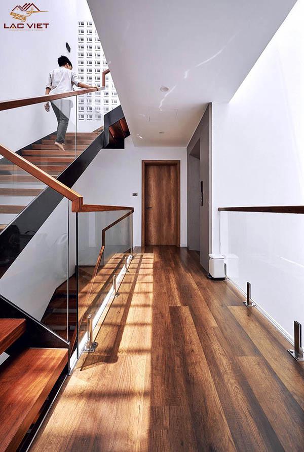 Thiết kế cầu thang đơn giản - tinh tế