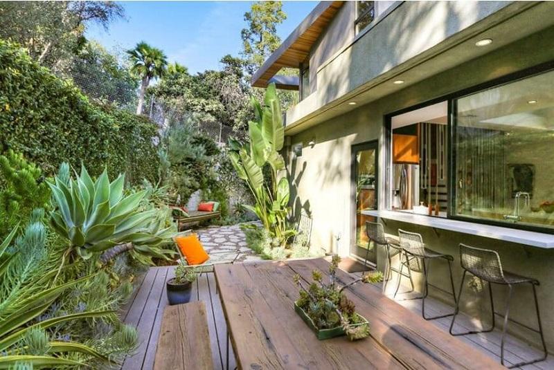 Đồ nội thất gỗ hòa mình vào thiên nhiên là một ý tưởng hoàn hảo