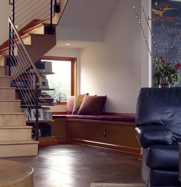Tận dụng khu vực gầm cầu thang để bổ sung thêm tiện ích