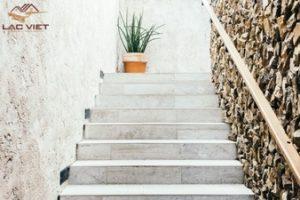 Cầu thang là chìa khóa để nguyên khí, tài lộc đi vào nhà.